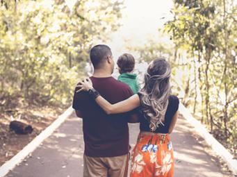 Kemptville Park - Family Walking